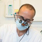 מומחה לשיקום הפה